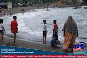 Jumlah Pengunjung  Pantai Wisata Payangan Jember Turun Drastis