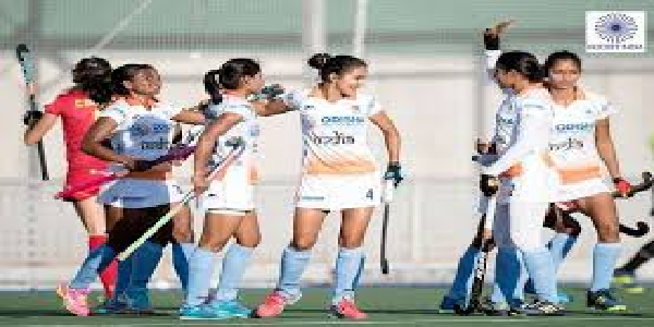 Mahilla-hockey-espain-daure-ke-liye-ravaanaa-hui-bhartiya-team