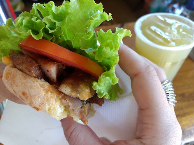 Pão de queijo com linguiça - MG