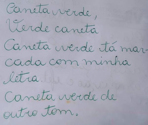 Texto com caneta verde