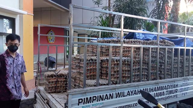 Dua Kampus Besar Borong Telur Peternak Melalui Lazismu 2,5 Ton