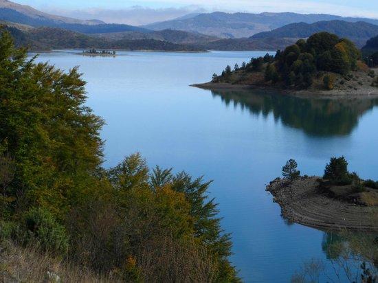 Ήπειρος: Φεστιβάλ Αλιείας Κυπρίνου Στην Τεχνητή Λίμνη Πηγών Αώου!