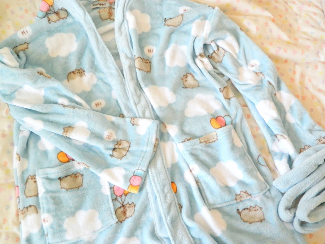 A photo showing a dressing gown from the Pusheen Box Autumn 2018