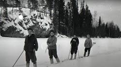 Ένα από τα μεγαλύτερα μυστήρια της νεότερης ιστορίας  Το «περιστατικό στο πέρασμα Ντιάτλοφ» κατά το οποίο μια ομάδα από έμπειρους σκιέρ-ορει...