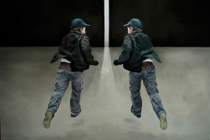 Отражение в огромном зеркале. Anca Danila
