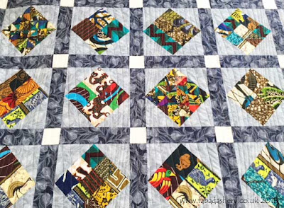 African fabric quilt Quilt pattern 'Modern Curves'
