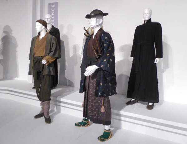 Silence film costumes