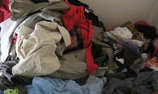 Thu gom quần áo - sách - vở - truyện cũ