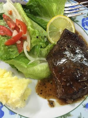 mudahnya menyediakan menu western; steak; tiramisu