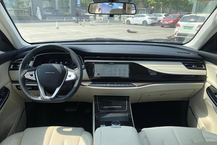 Oshan X7 EV - SUV điện Trung Quốc chỉ 562 triệu đồng