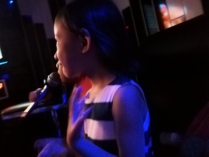 Karaoke Bersama Family dan Cousins!