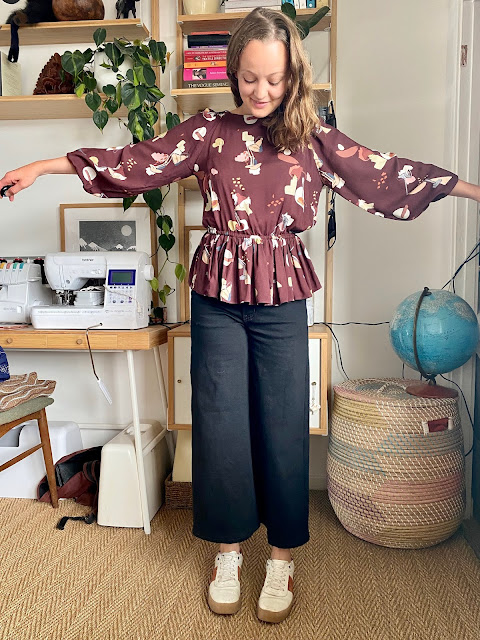 Diary of a Chain Stitcher: Viscose Print Tessuti Hilary Top and Megan Nielsen Dawn Jeans