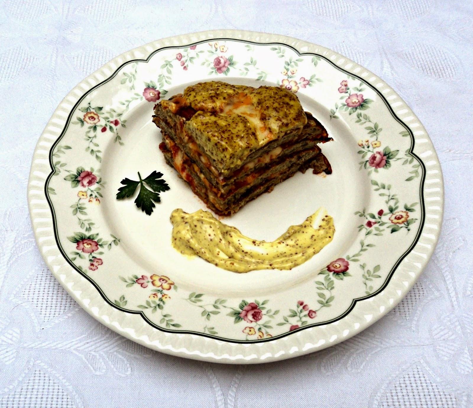 pastel-tortillas-berenjenas-mahonesa-mostaza-porcion