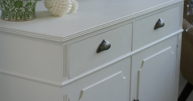 Chalk Paint Doesn T Always Need Distressing, How To Distress Chalk Painted Furniture