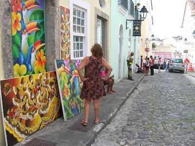 Policia de calle en Salvador de Bahía, Brasil, La vuelta al mundo de Asun y Ricardo, round the world, mundoporlibre.com