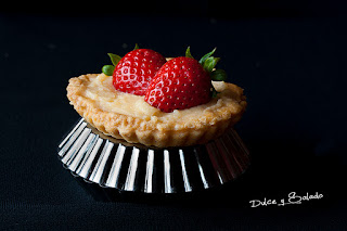 Tartaletas de Hojaldre Ràpido Rellenas de Crema Pastelera