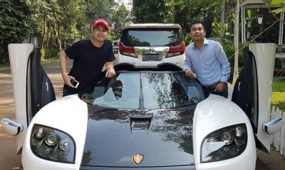Benarkah Mulut Raditya Dika Soal Koenigsegg Lebih Mahal dari Lambo dan Roll Royce