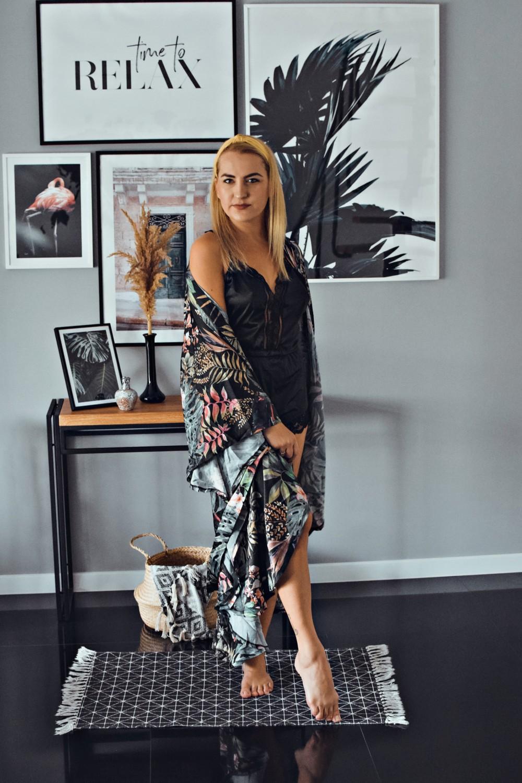 Plażowy szlafrok/kimono z wzorem monstery