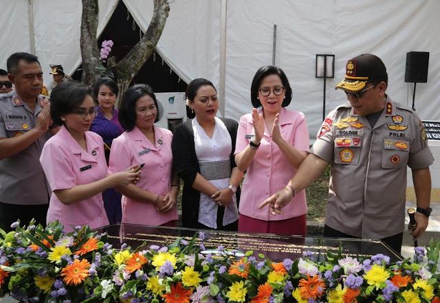 Hadiri Peresmian Asrama PA Kemala Bhayangkari, Bupati Eka Apresiasi Sumbangsih Kapolda Bali