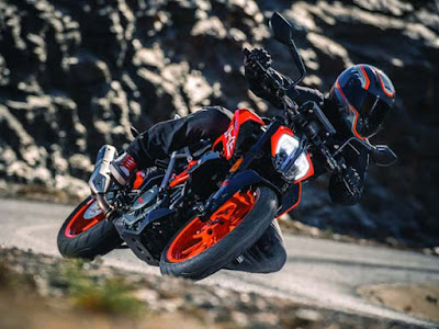 All New 2017 KTM Duke 390 HD Images
