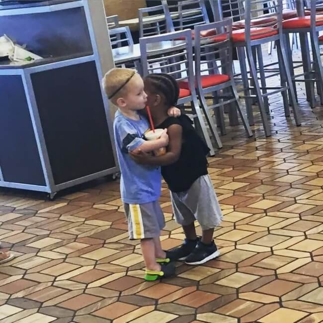 12 Powerful Images That Prove There's Still Kindness In The World - All kids are born with love in their heart. We have to raise them that way as well.