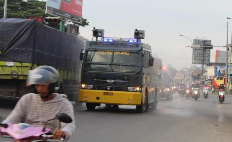 Kapolres Serang : Masyarakat Jangan Khawatir, Bahan Penyemprotan Disinfektan Aman Bagi Manusia dan Lingkungan
