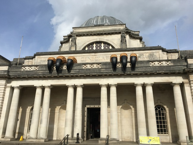 Cardiff-City-Sightseeing-open-top-bus-tour-a-toddler-explores-National-museum
