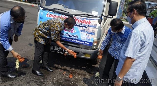 "Dukung Visi Misi, Bupati Launching Air Mineral ""Galcia"""