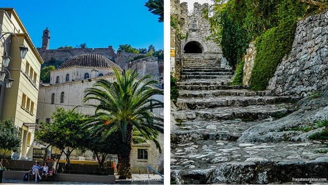 Nafplio, Grécia: antiga sede do Parlamento Grego e acesso à Fortaleza da Acronafplia