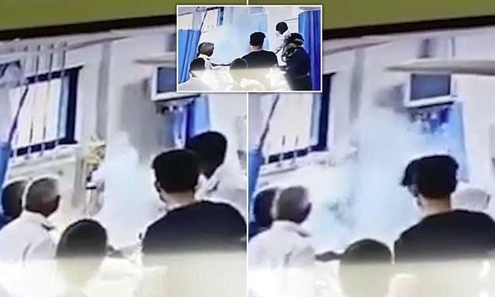 Ngeri! Kepala Pasien ini Tiba-Tiba Meledak saat Dokter Melakukan Operasi Lambung untuk Hilangkan Zat Beracun. dailymail.co.uk