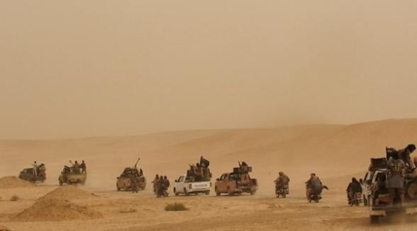 داعش يخطف 130 عائلة من مخيم البحرة للاجئين في ريف دير الزور