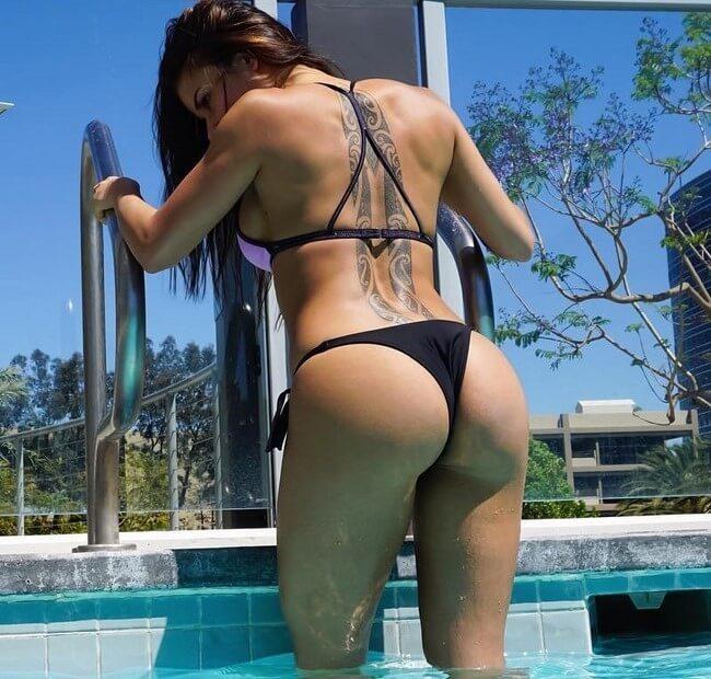 Sandra Prikker saindo da piscina