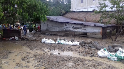 Diterjang Banjir Bandang, 6 Rumah di Parapat Alami Kerusakan