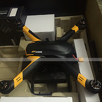 Hubsan H109S Close up Box