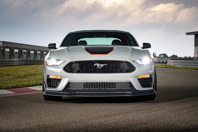 2021 Mustang Mach 1 front grille