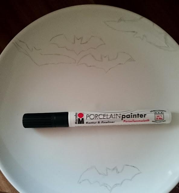 DIY Porzellan bemalen Fledermaus Teller