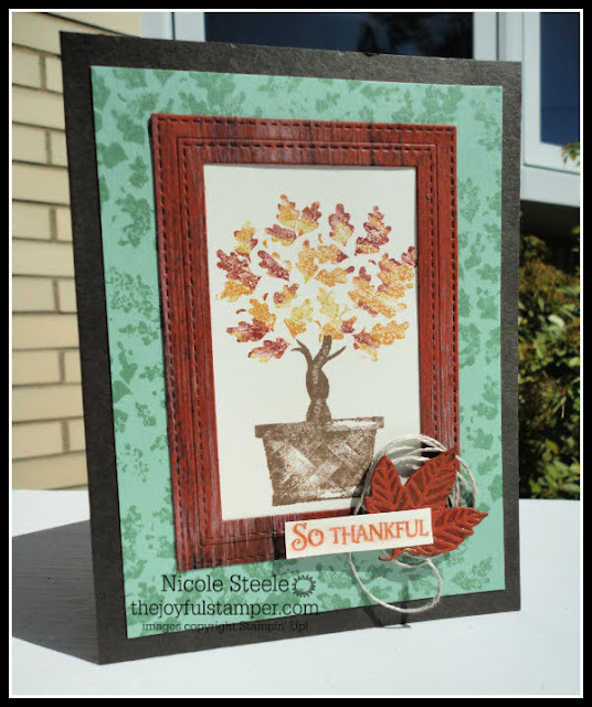 Faux wood technique with Stampin' Up!'s Beauty & Joy | card by Nicole Steele The Joyful Stamper