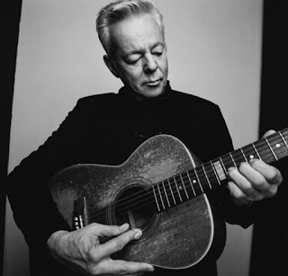 tommy emmanuel, one of list of best acoustic guitarist