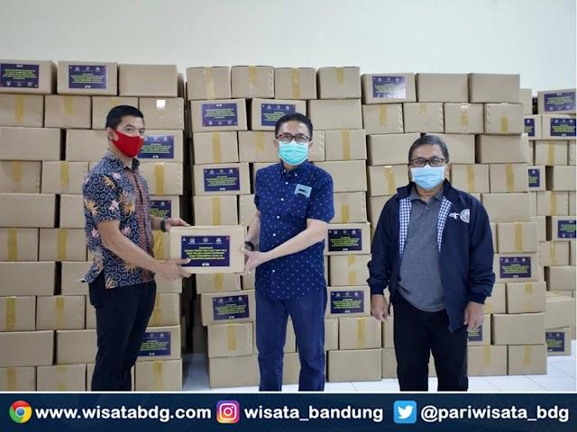 Paket Bahan Lauk Siap Saji Disalurkan ke Pelaku Parekraf Terdampak COVID-19 di Jabar