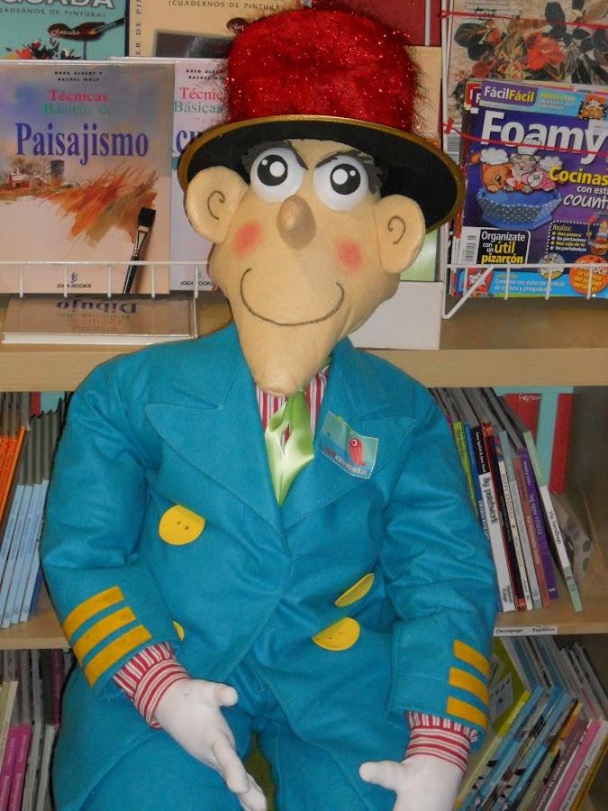 filomeno el muñeco de carnaval apara la escuela Areny