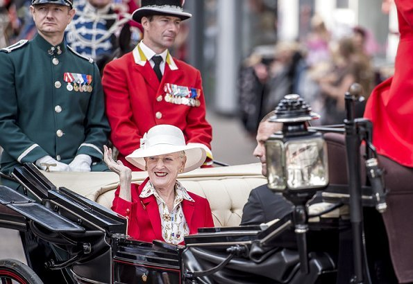 Queen Margrethe visited Scangrip company producing automotive lighting and industrial systems in Svendborg