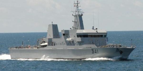 مصدر عسكري: البحرية الملكية تنقذ مرشحين للهجرة غير الشرعية في عمليتين منفصلتين نهاية الأسبوع