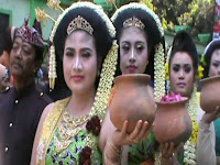 Ratusan Pelaku Seni Tradisional Tuban Ikuti Kirab Budaya Menuju Pemandian Bektiharjo