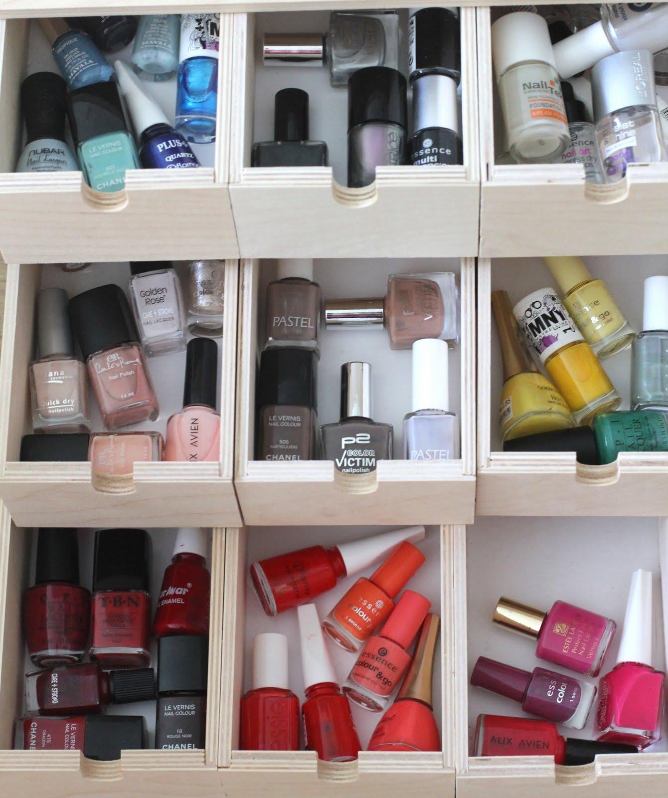 Thursday S Beauty Post Organizing Makeup Styleseeking