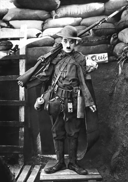 Charlie Chaplin in Shoulder Arms (1918)