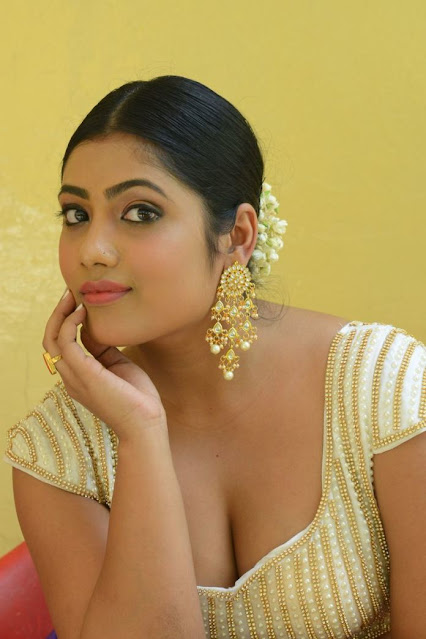 Actress Sindura Rout Deep Cleavage Photos in Sexy Outfit