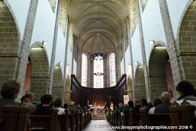 photo église de mauléon intérieur