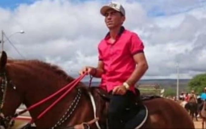 Agricultor da cidade de Inajá-PE é assassinado na PE-300, no Sertão de Pernambuco
