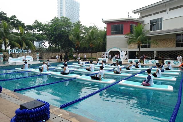 pristine8+ floating yoga cara baru untuk hidup sehat netral dan seimbang nurul sufitri blogger