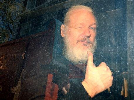 Cientos de personas exigen la liberación de Assange en Londres